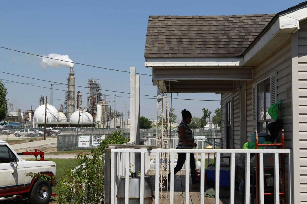 homes near the houston ship channel have worse air quality